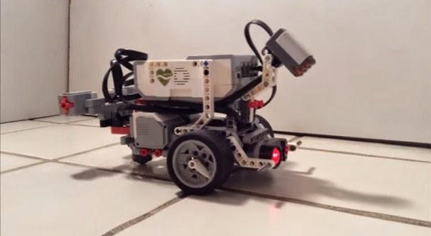 Cientistas colocaram cérebro de verme em robô (com video)