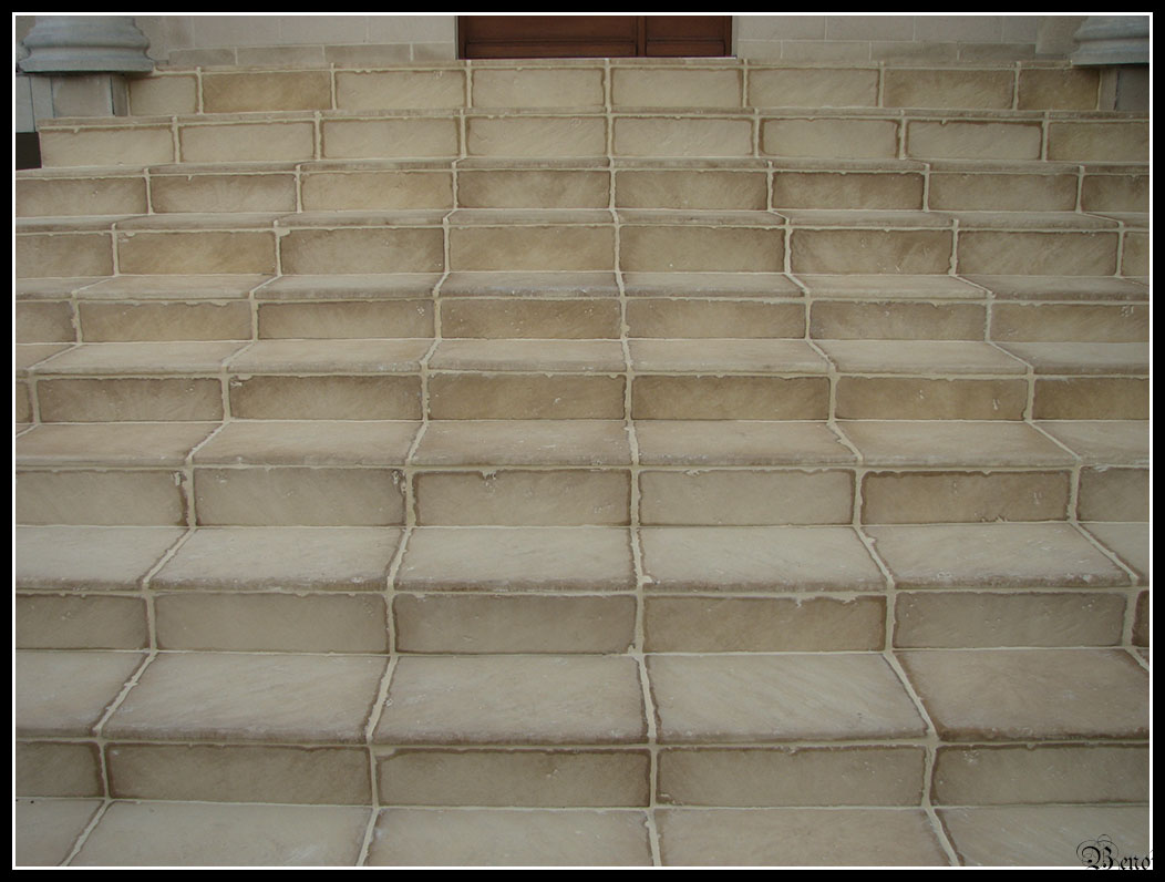 Beno t carrelage escalier exterieur en pierre for Carrelage exterieur escalier