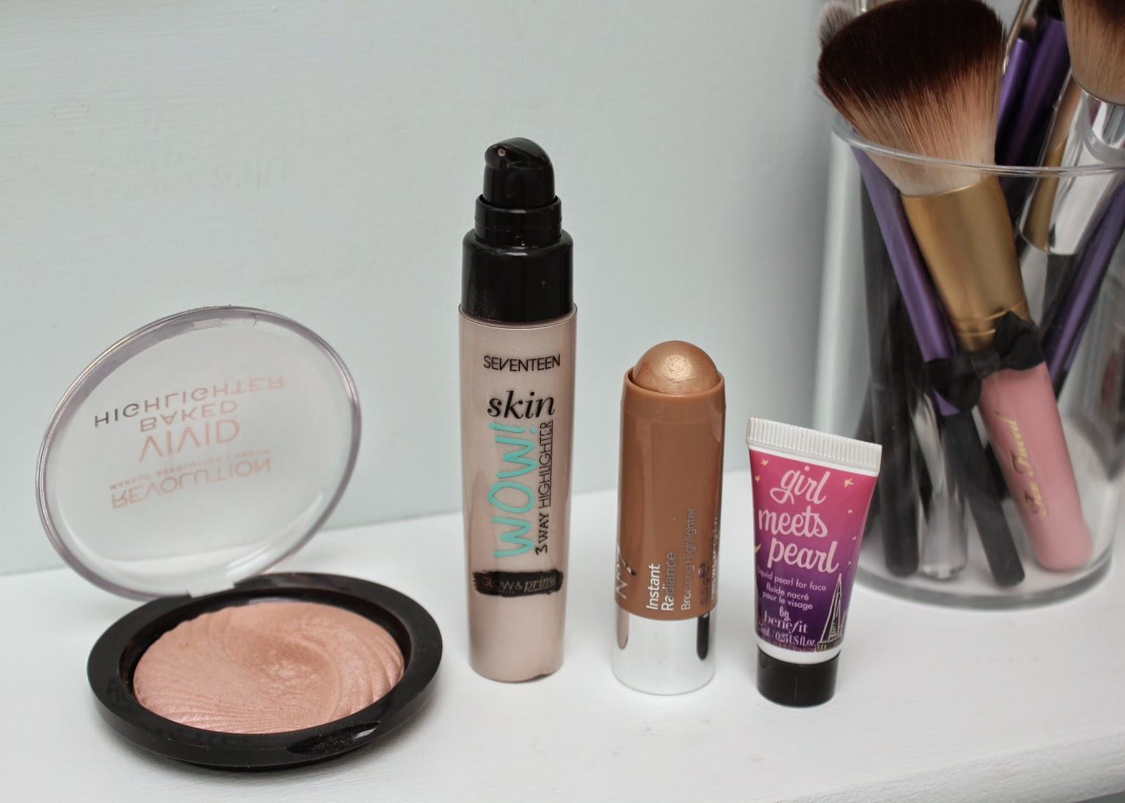 Makeup Revolution Baked Highlighter, Seventeen Skin Wow 3 Way Highlighter, Boots No 7 Instant Radiance Bronzing Highlighter, Benefit Girl Meets Pearl