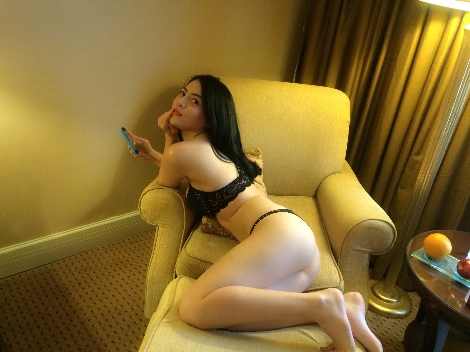 foto nathalie clara abg cantik bugil di kamar hotel   rockoyot