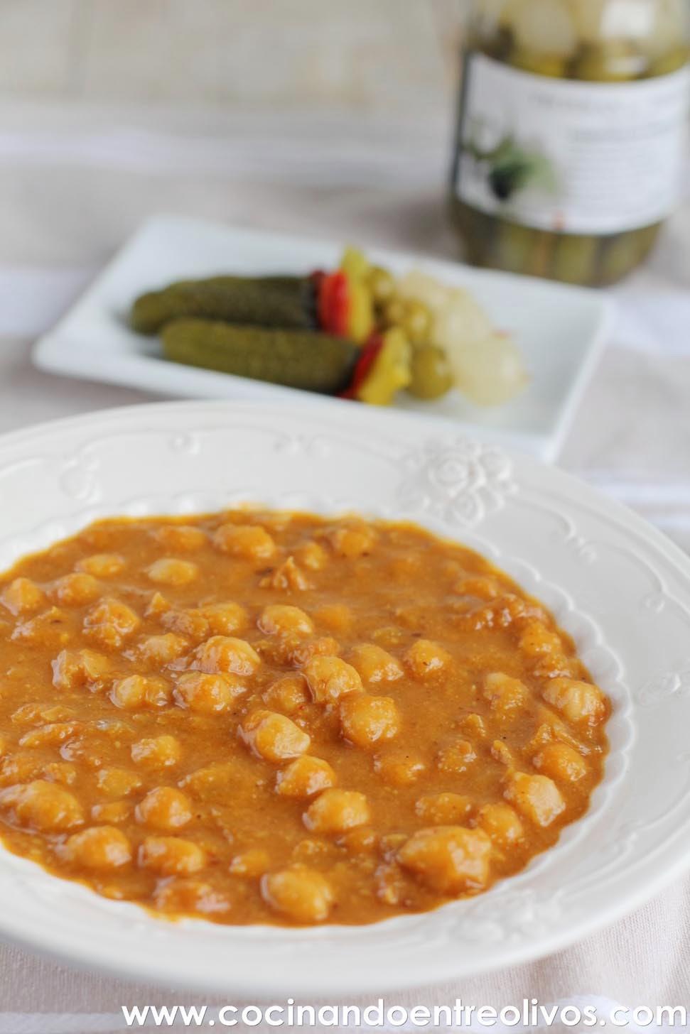 Cocinando entre olivos potaje de garbanzos y calabaza for Cocinando entre olivos