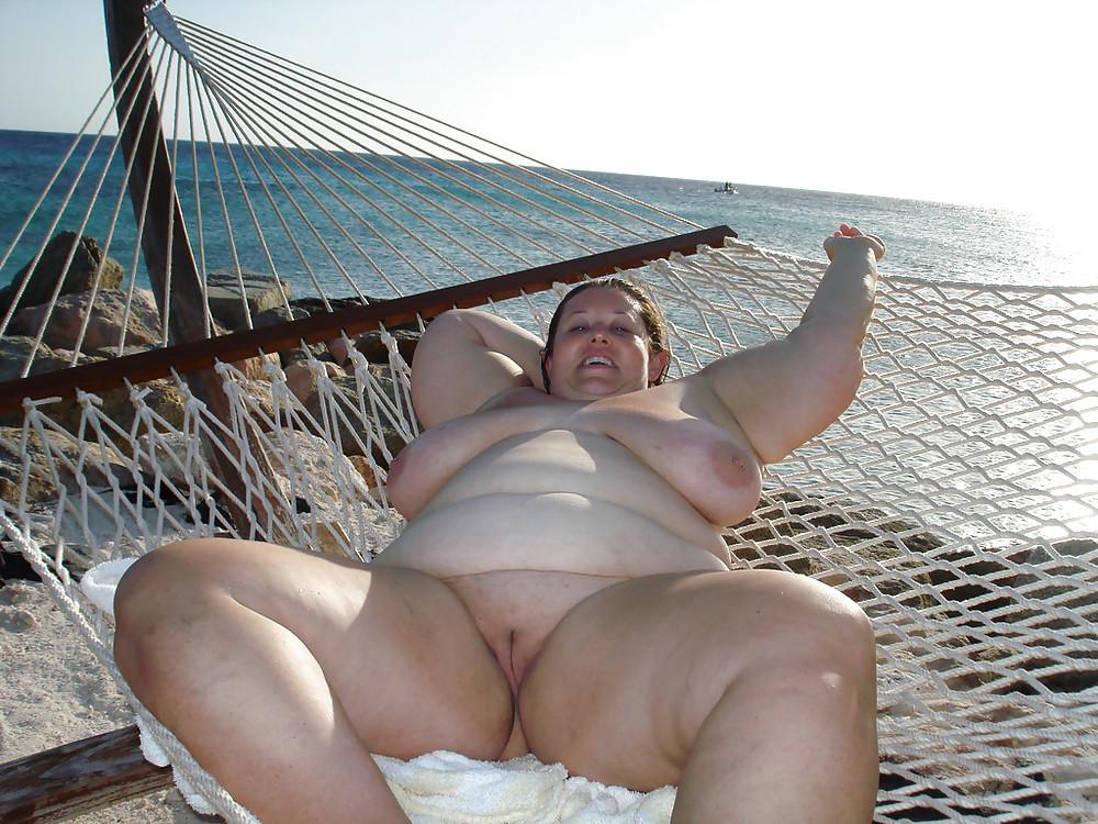 chastnoe-foto-tolstih-nudistok