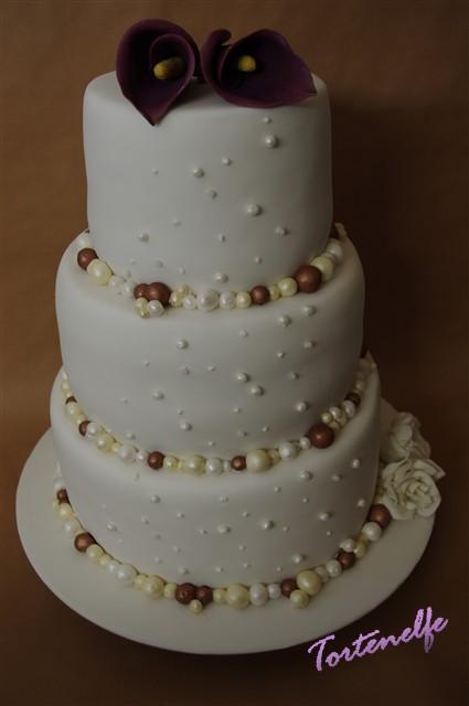 Tortenelfes Blog Backe Backe Kuchen Die Erste Hochzeitstorte