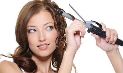 Rizar el pelo con tenacillas