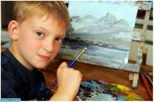 Kanak kanak Ini Memperolehi Pendapatan 8 Juta Kerana Lukisan