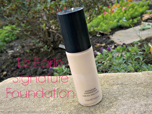 Liz Earle Signature Foundation | Review