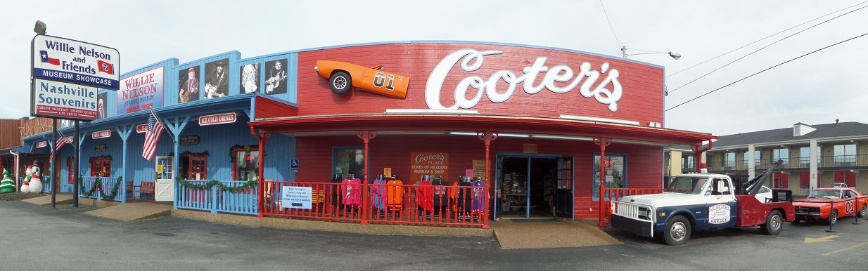 Kentucky Travels Cooters Place In Nashville Tennessee