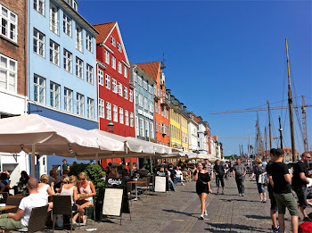GUIDE TO COPENHAGEN INCL. MAP
