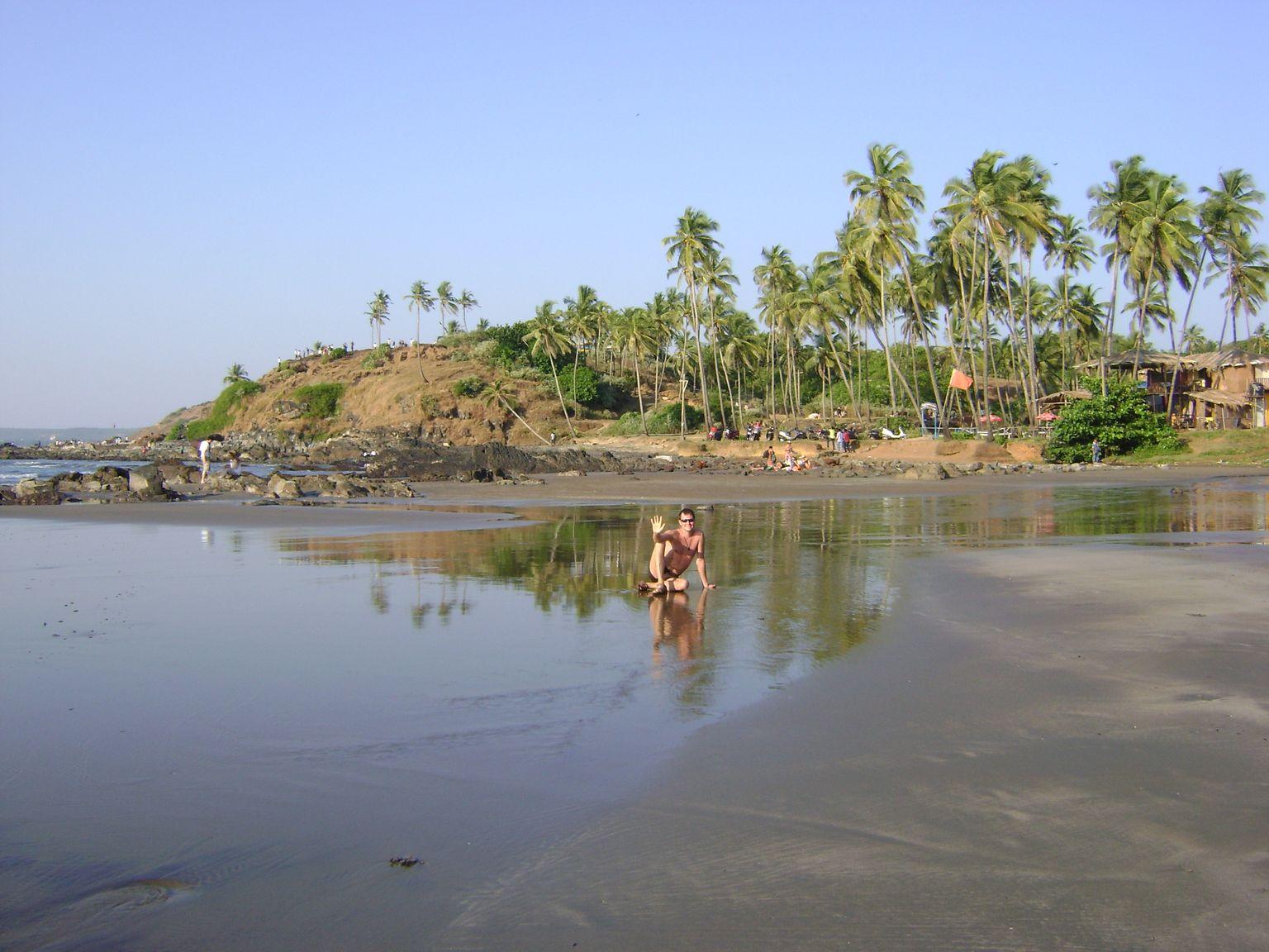Пляж арамболь на гоа фото