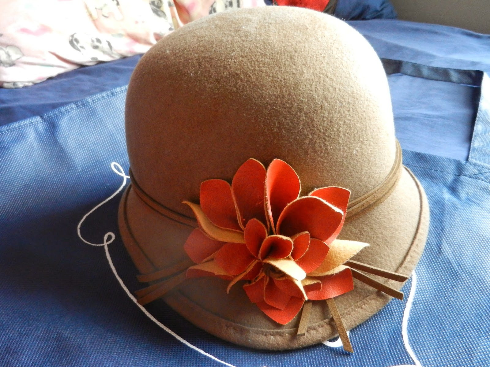 vintage autumn cloche hat