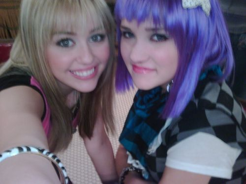 Emily Osment And Miley Cyrus Jedi Mouseketeer: Sorc...