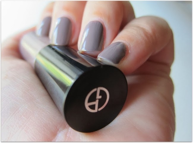 Armani Nail polish Taupe Greige swatch