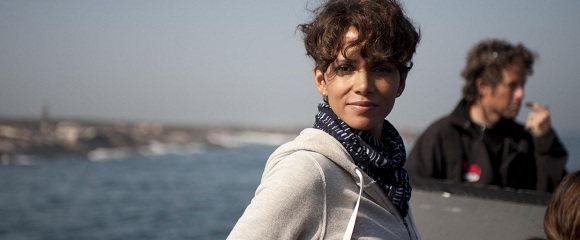 Halle Berry em MARÉ NEGRA (Dark Tide)