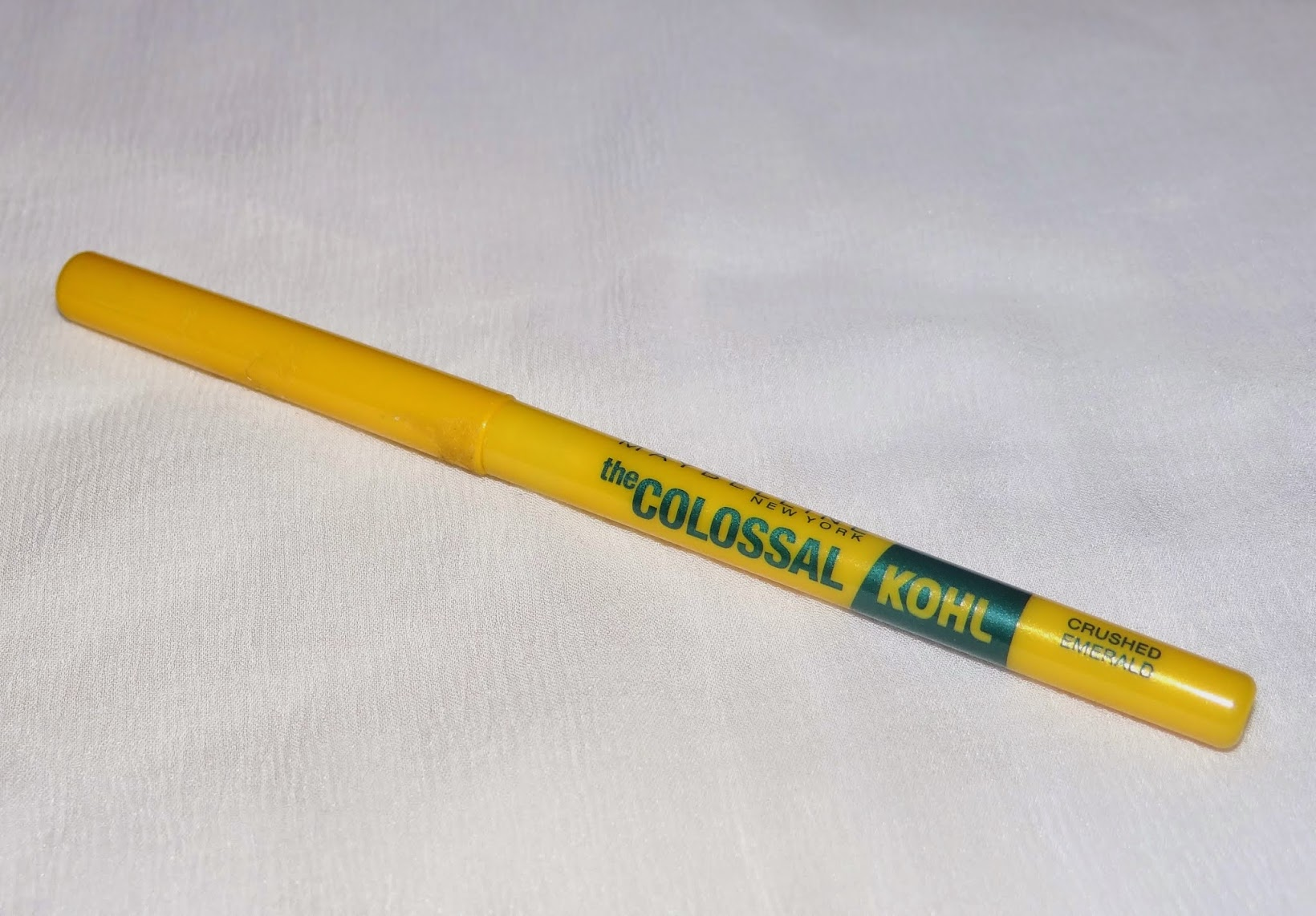 Maybelline NY Colossal Kohl (Crushed Emerald)- review, swatches