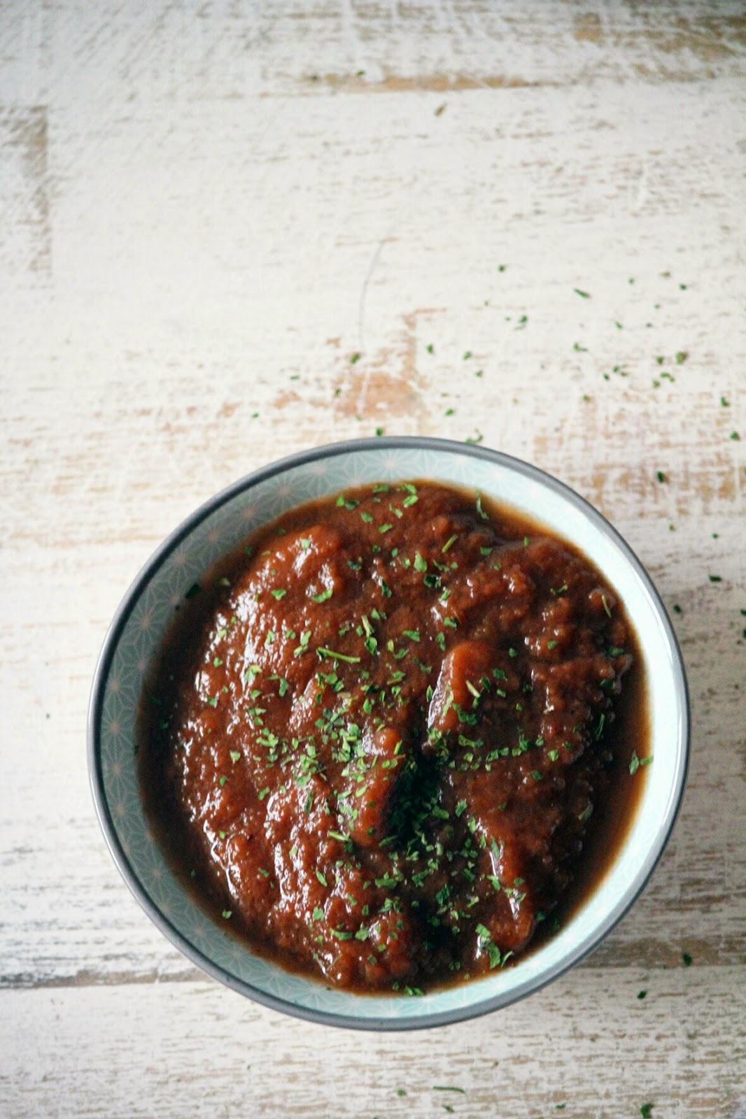 la cocina de ompa lompa koftas de cordero con chutney de tomate y fresas. Black Bedroom Furniture Sets. Home Design Ideas