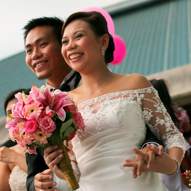 Annie & Carlo Wedding - Photo by Julienne