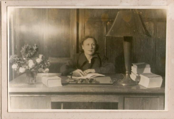 Isabel Artús, primera Directora de nuestro Liceo