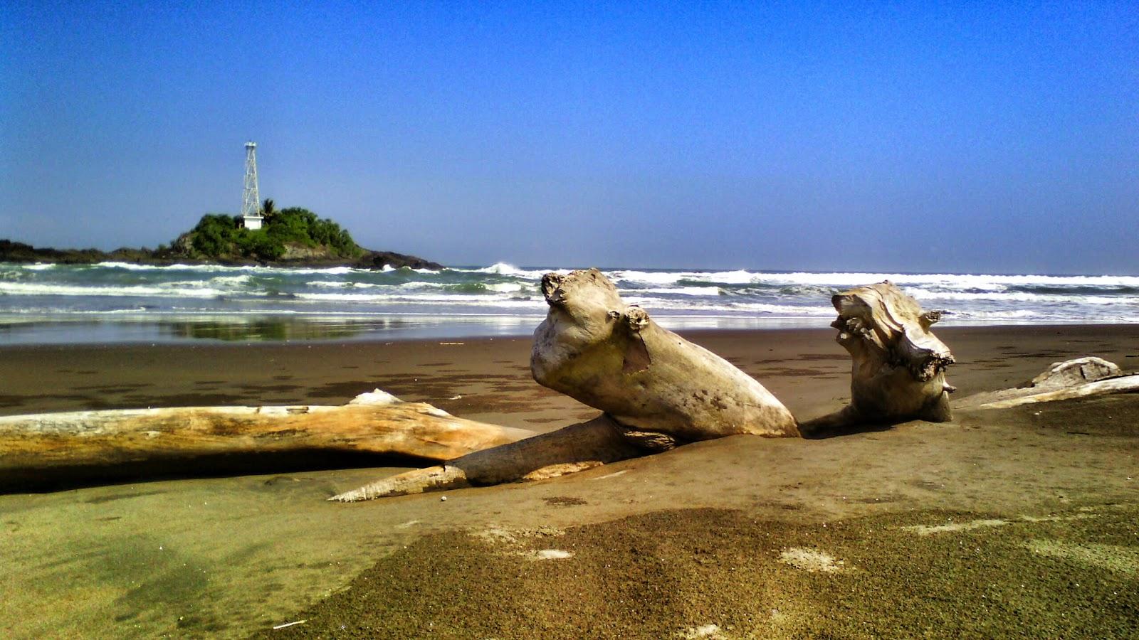 Hasil gambar untuk pantai cimanuk tasikmalaya