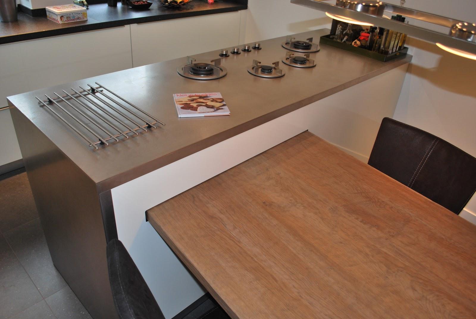 Kookeiland Met Uitschuifbare Tafel: Keukeneiland met spoelbak ...