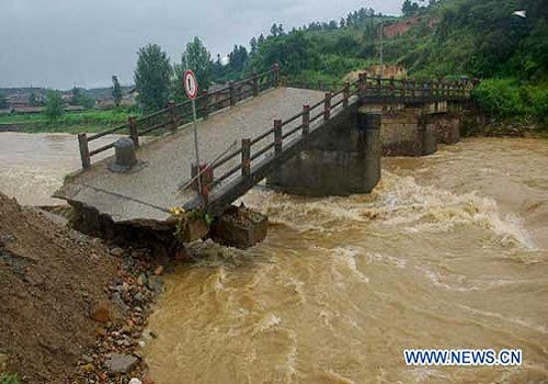 china_rainstorm_flood_damage_natural_calamities