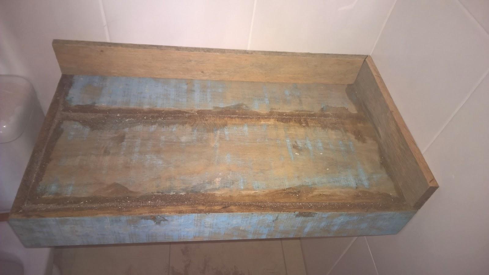 Bancadas de Banheiro de Madeira de Demolição ~ Blog Tudo Junto e  #81574A 1600x900 Acabamento Bancada Banheiro