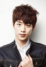 Biodata Seo Joon Kang pemeran Baek In Ho