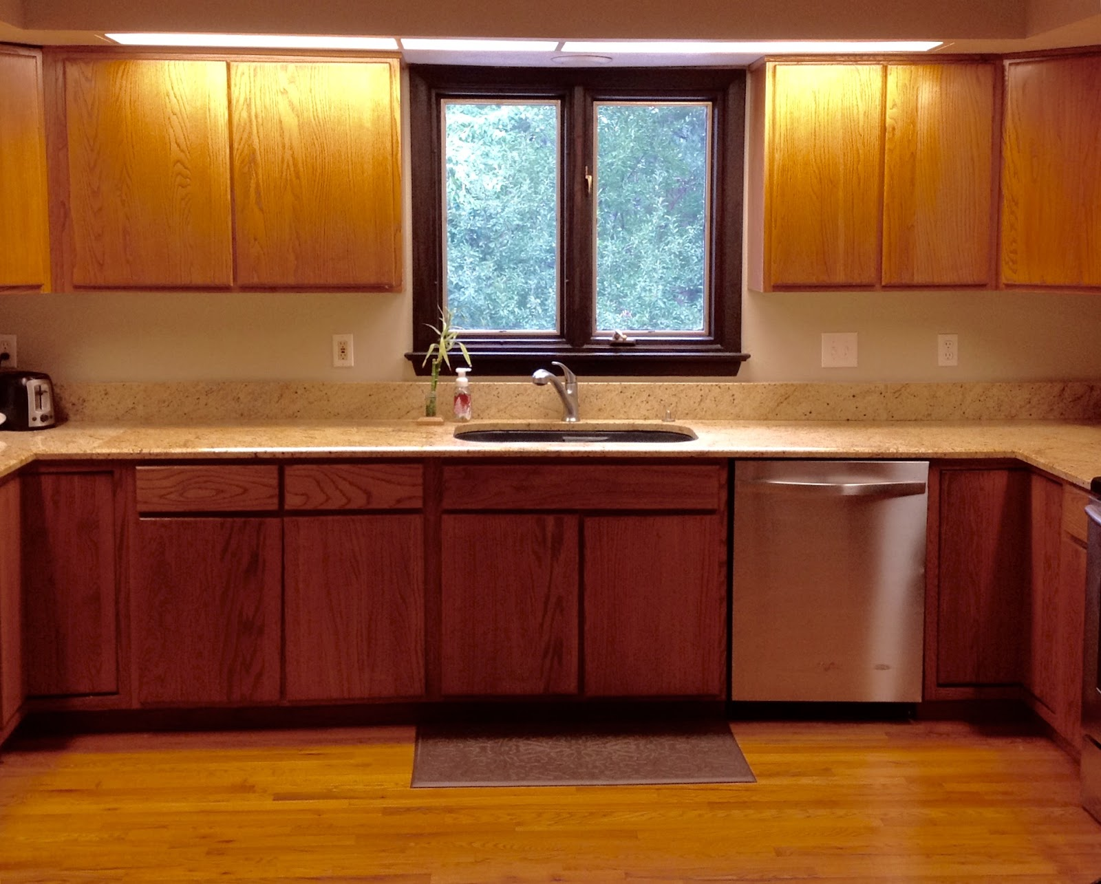How to clean stained kitchen cabinets