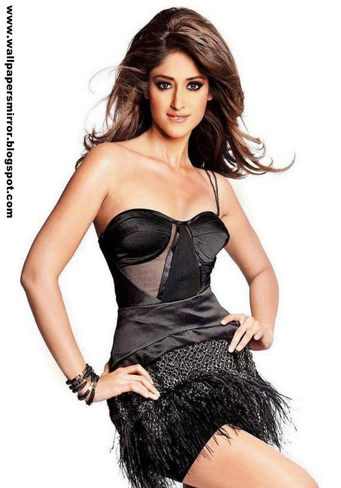 Top 10 ileana d'cruz in shorts