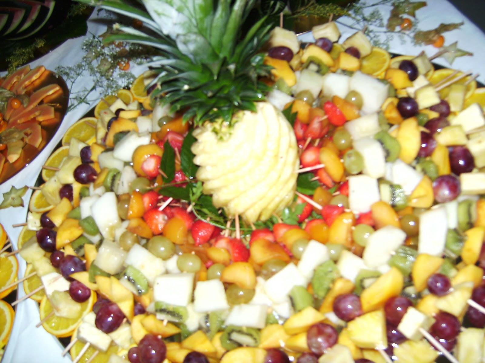 Arte y salero talla de frutas - Adornos de frutas para mesas ...