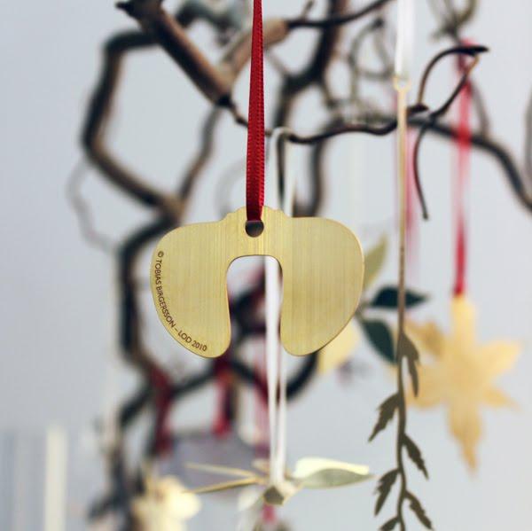 delicadas pieza mecanica como adorno de navidad