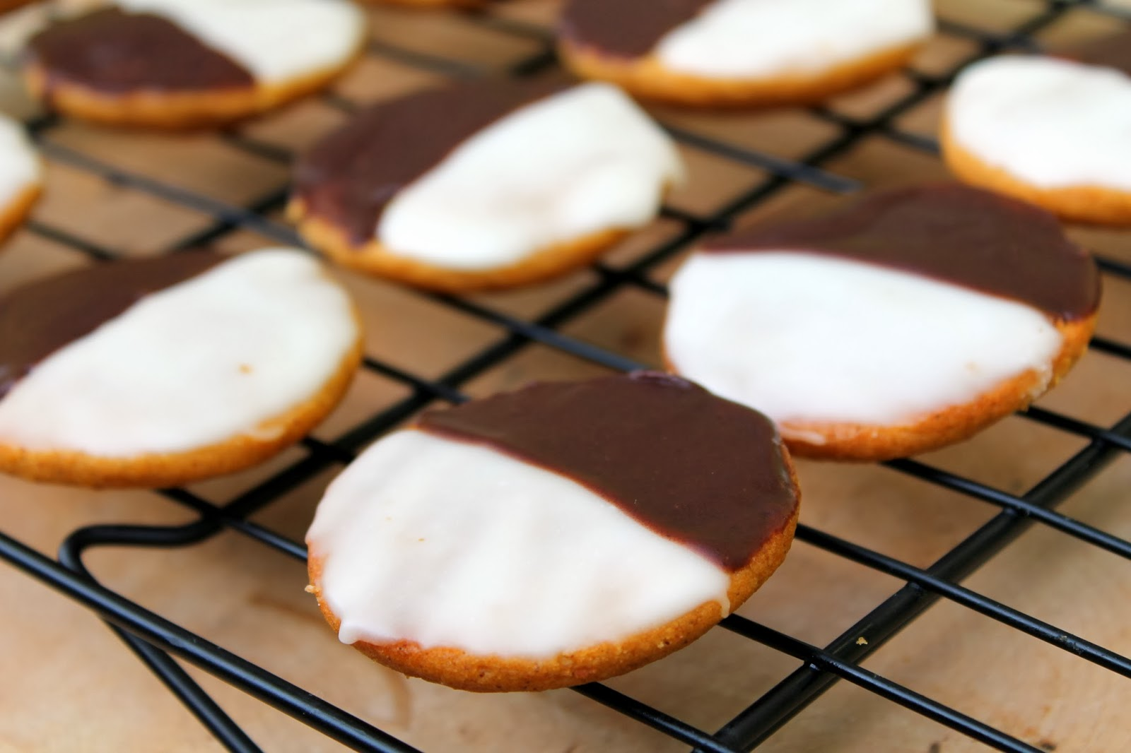 Bakestravaganza: Pumpkin Black and White Cookies