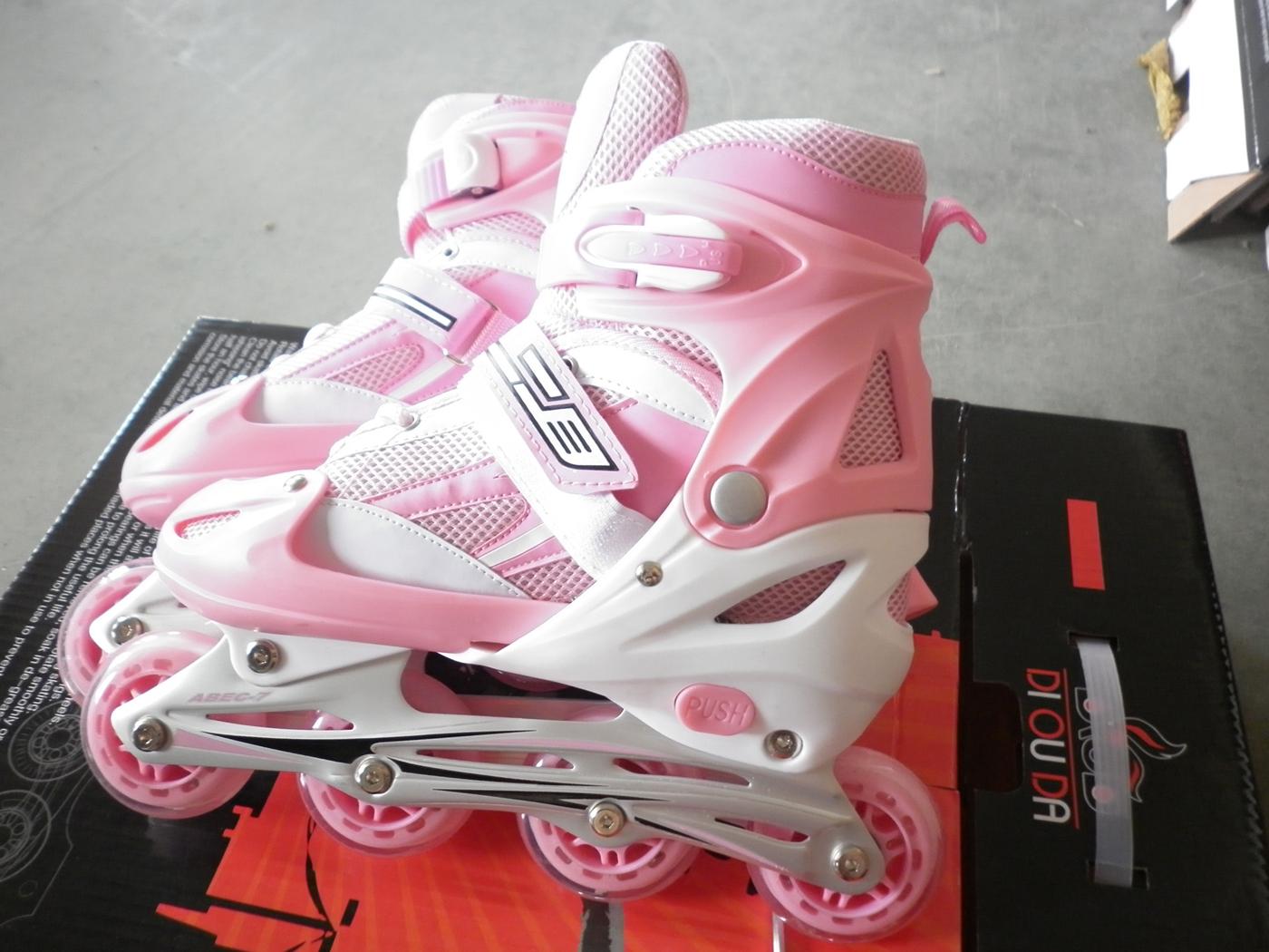 Grosir Sepatu Roda Inline Skate November 2012