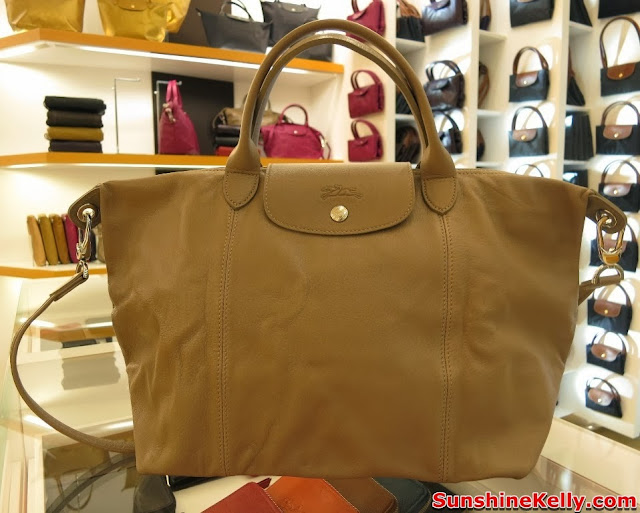 longchamp pavilion KL, new exclusive store, luxury handbag, famous fashion blogger, Le Pliage Cuir, clay, medium, full leather