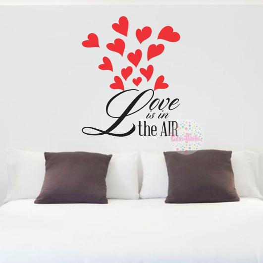 Vinilo decorativo pared frase love is in the air 1 cdm for Vinilos decorativos para entradas