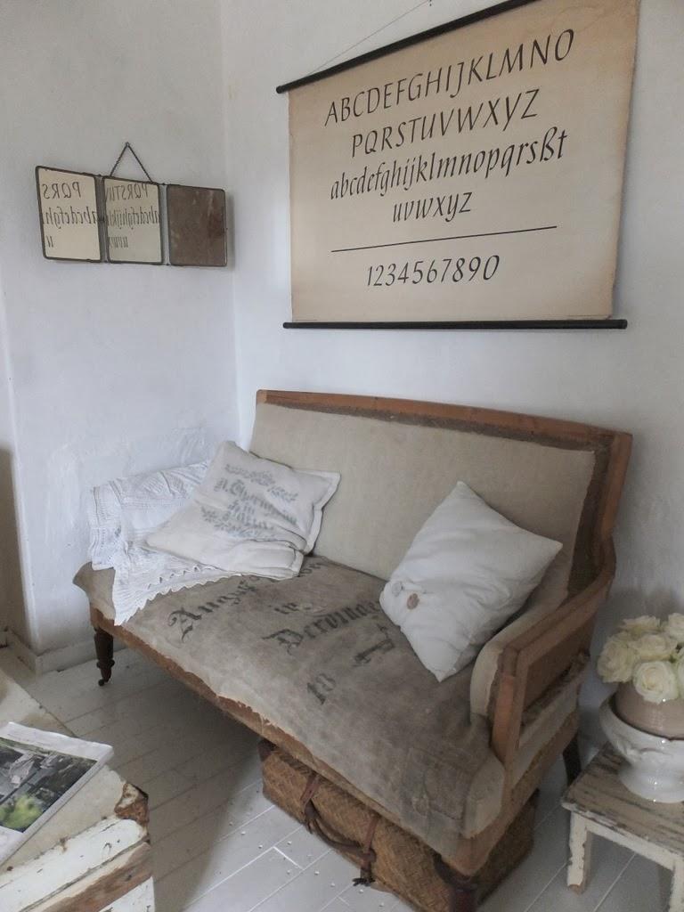 Princessgreeneye das schlafzimmer im tr ben licht - Licht im schlafzimmer ...