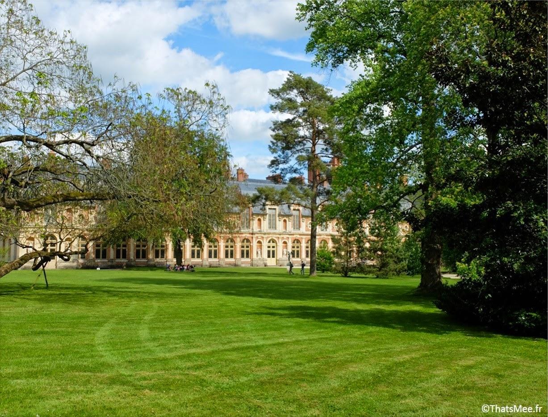 Château de Fontainebleau le parc jardin UNESCO patrimoine France rois