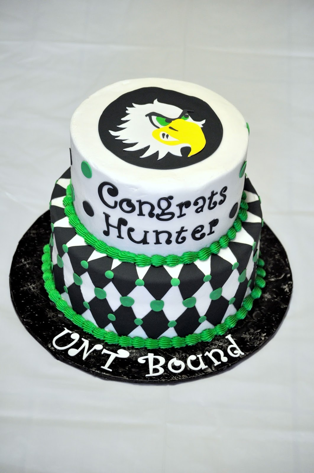 Morgan s Cakes: UNT Graduation Cake