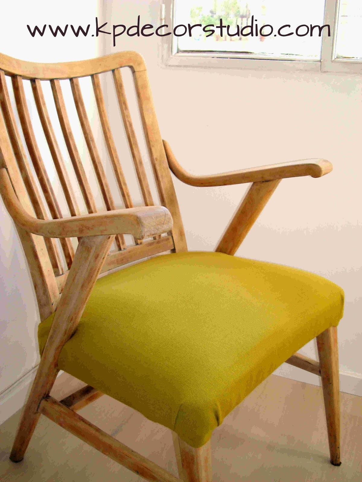 Kp decor studio ayd butaca en madera de haya baa a beechwood chair - Como restaurar sillas de madera ...
