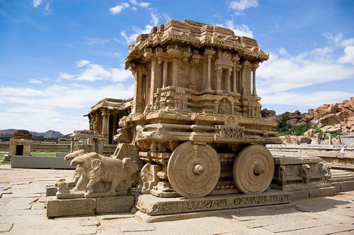 Hampi old kishkindha india tourism for Historical vacation spots in the south