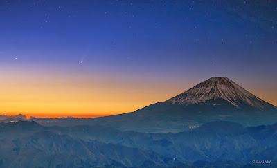 Imágen cometa ison en Yamanasi, Japón, 22 de noviembre de 2013