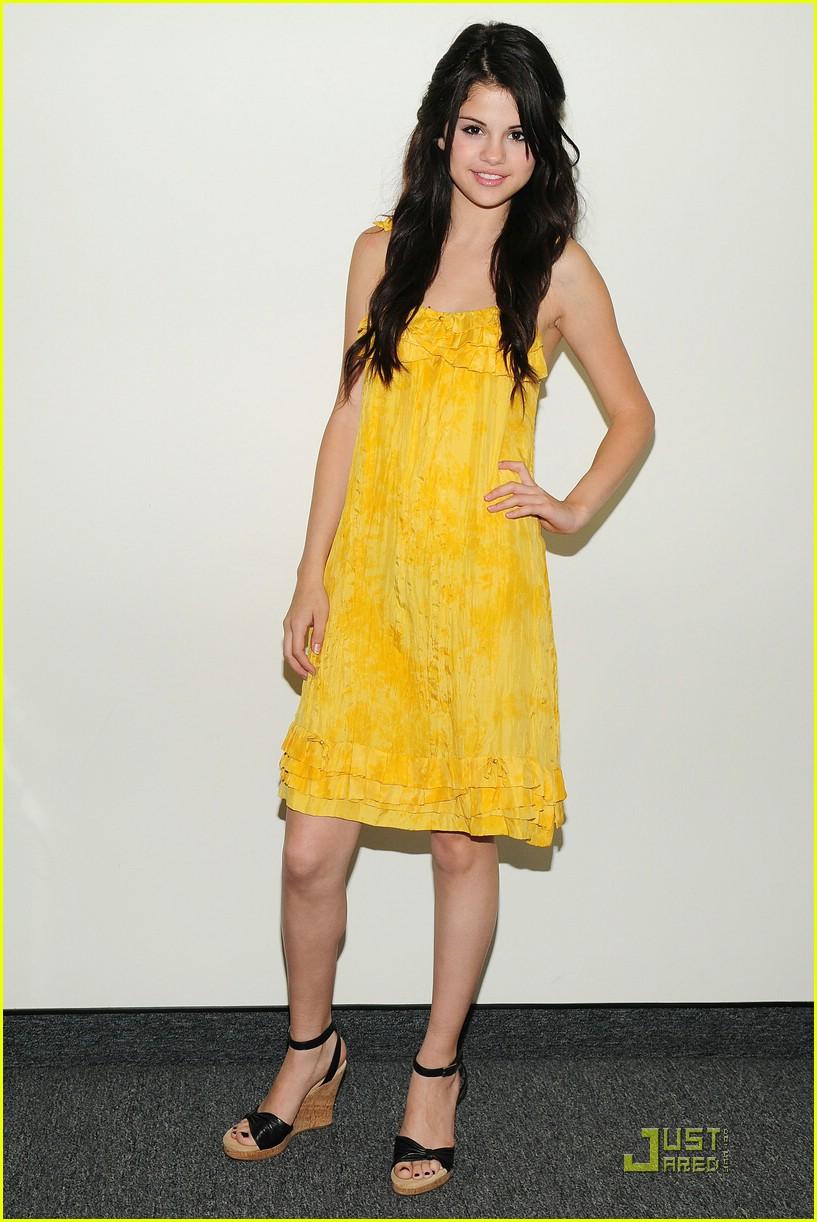 Selena Gomez Fashion Selena Gomez Fashion