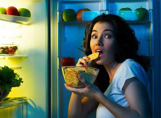 Thức khuya gây béo phì