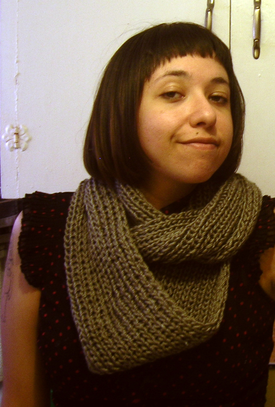 Knitting Jenny Basics : Gatuxedo a about stitching infinity scarf with