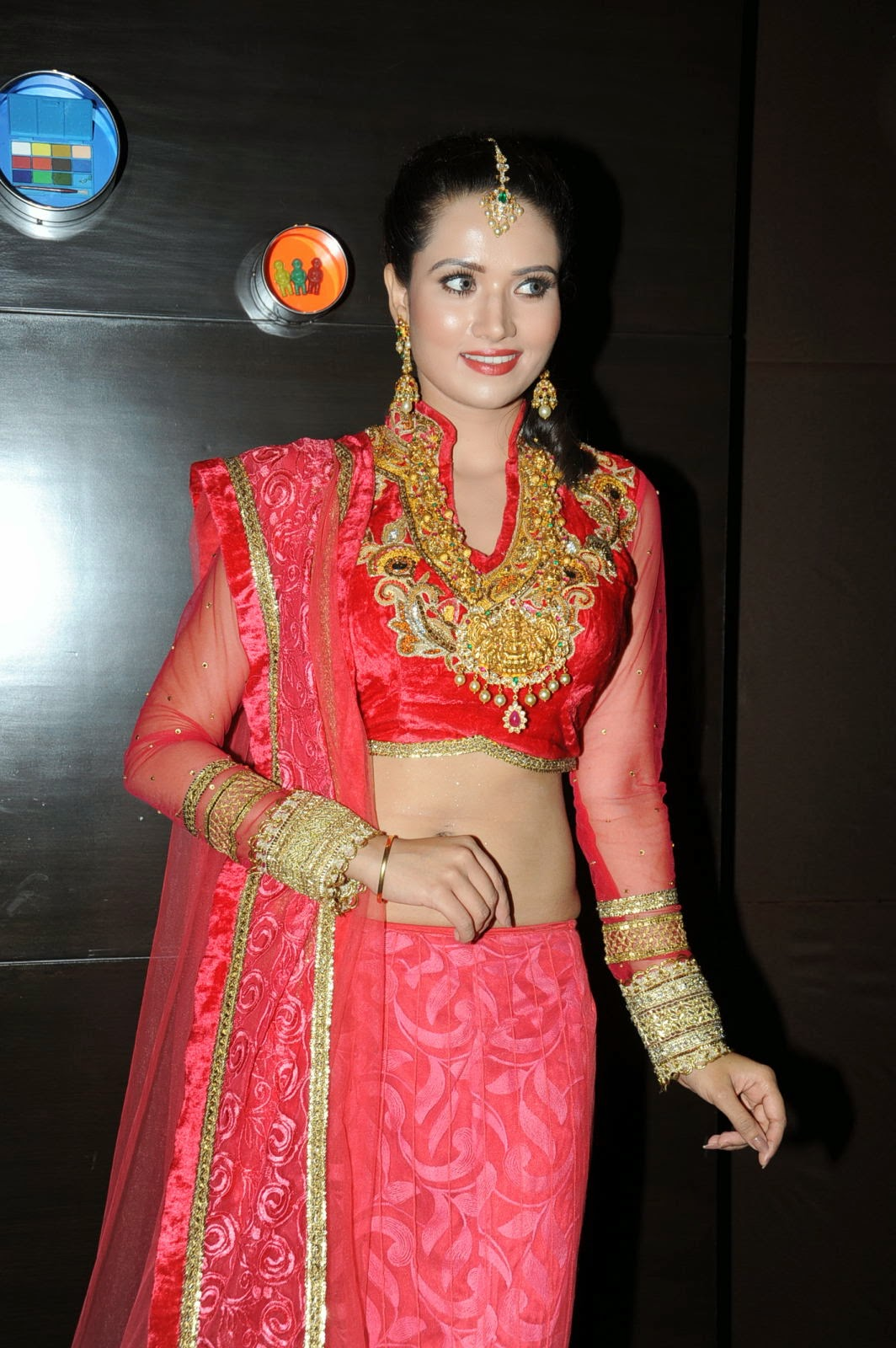 Preeti Rana Glamorous Photos in Ghagra Choli-HQ-Photo-13