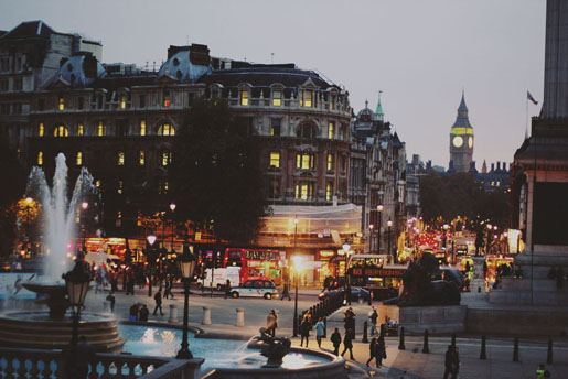 Sprinkles and Style || Take Me Away: London, Trafalgar Square
