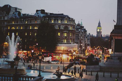 Sprinkles and Style || Take Me Away: London, Trafalgar Square