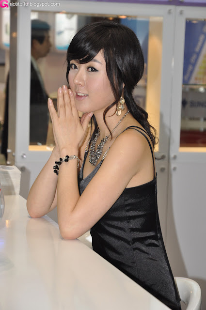 8 Hwang Mi Hee - KES 2011-very cute asian girl-girlcute4u.blogspot.com