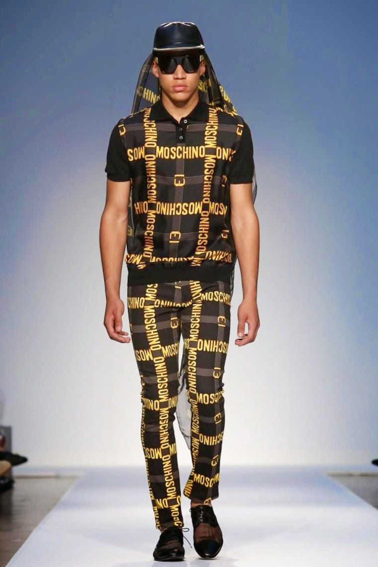 Jeremy-Scott, Moschino, Jeremy-Scott-Moschino, Rita-Ora, fashion-week, lfw, london-fashion, london-fashion-week, menswear, menswear-spring-summer, spring-summer, mode-homme, cheap-mens-suits, mens-tracksuits, mens-suits-sale, mens-designer-suits, dudessinauxpodiums, du-dessin-aux-podiums, mens-waistcoats, fashion-shirts-for-men, mens-cargo-shorts, mens-shirt