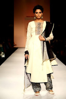 Lakme-Fashion-Trend