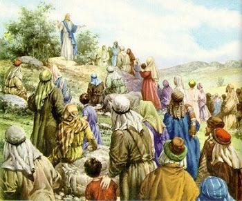 Las bienaventuranzas que nos deja Jesús para darnos ánimo y norte. (Mt 4, 25—5, 12 ).